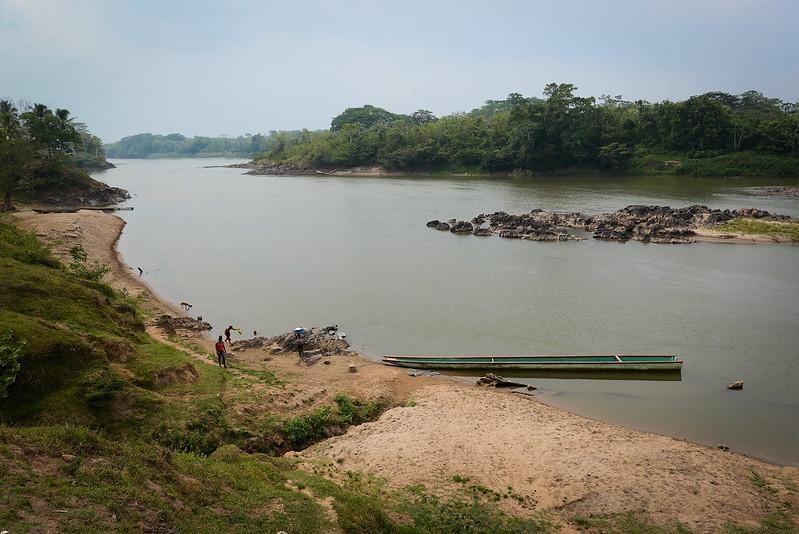 El Río Coco es la principal ruta que conecta a las comunidades indígenas del Caribe Norte. Carlos Herrera | Divergentes.
