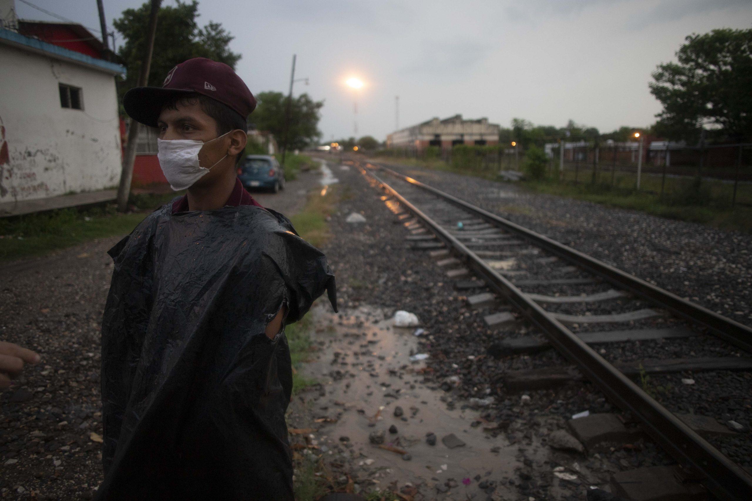 Las rutas oscuras impuestas por la pandemia y la xenofobia a los migrantes
